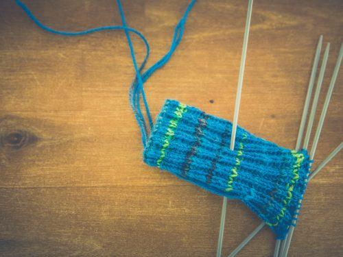 Strikketøy og strikkepinner